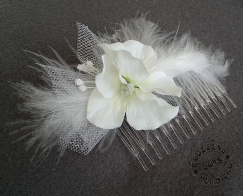 Svatební hřebínek s kvítky hortenzie