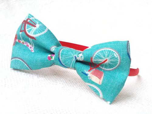 Cool retro bicycles headband
