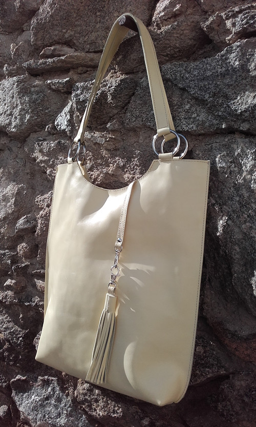 "velká kožená kabelka  \""giallochiaro\"""