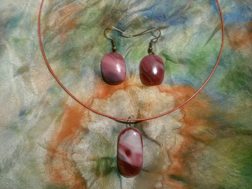 Skleněný šperk a náušnice