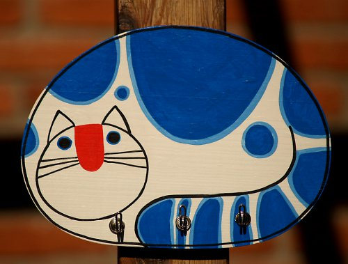 Věšák - kočka modrá