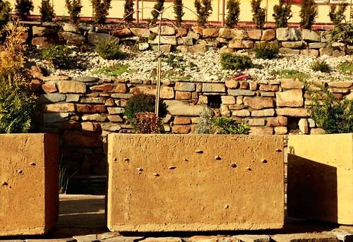 Truhlík - beton - velký