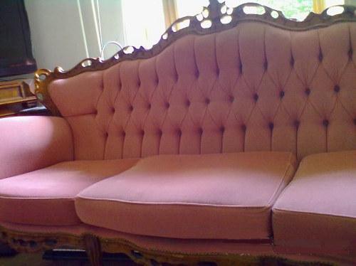 Vintage vyřezávané sofa