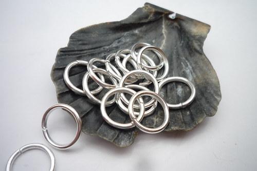 *stříbrný  kroužek 50 ks, 10mm