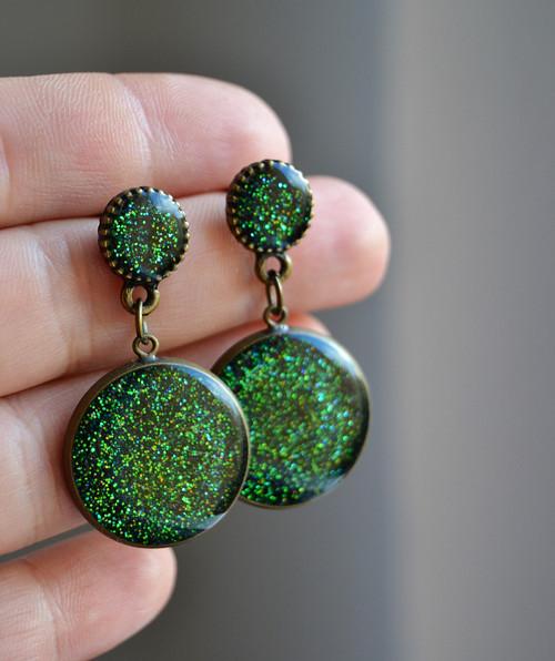 Zelené zdobené náušnice