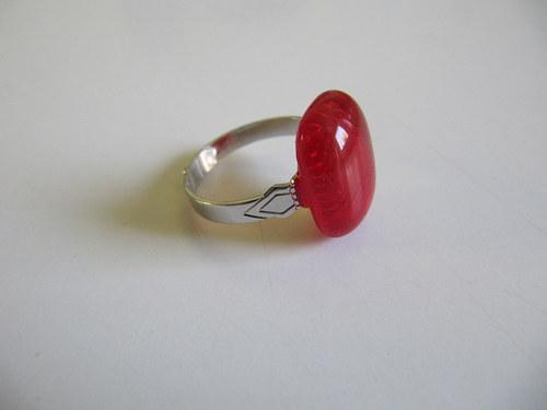 prsten skleněný