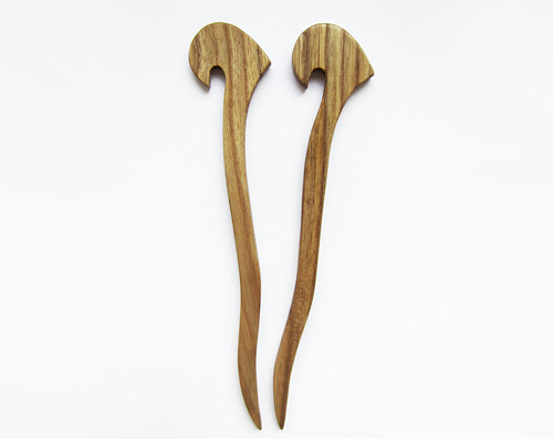 Jasanové hůlky do vlasů