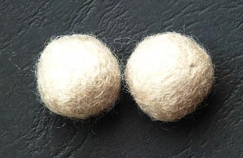 2 ks - plstěné kuličky přírodní 20mm