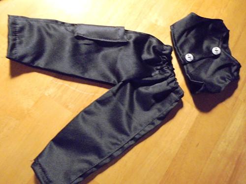 Saténové kalhoty s vestou
