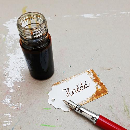 Inkoust - hnědá
