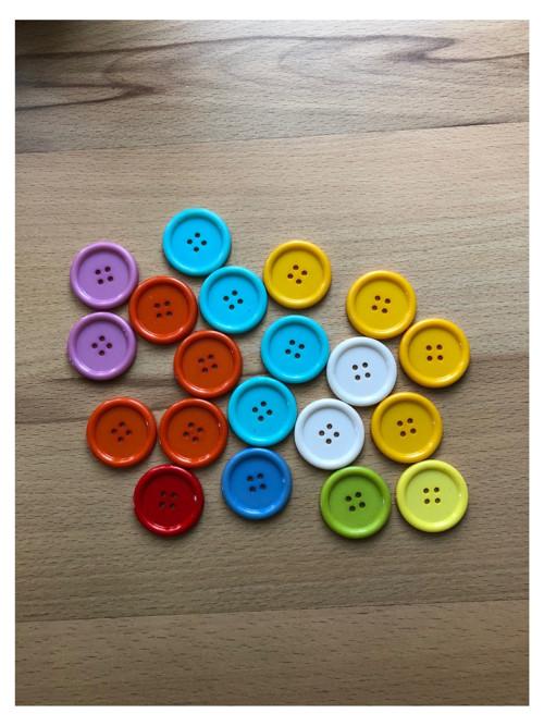 Plastové knoflíky 30 mm