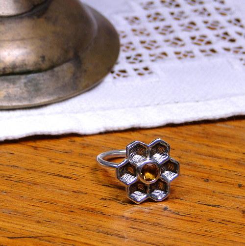 Prsten Medová kytka s citrínem