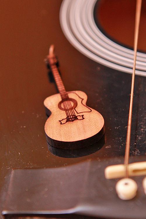Kytara Acoustic Jumbo