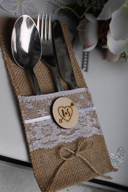 Svatební kapsa na příbory s monogramy