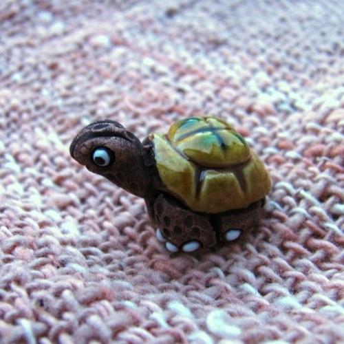 Želvička - keramický přívěsek