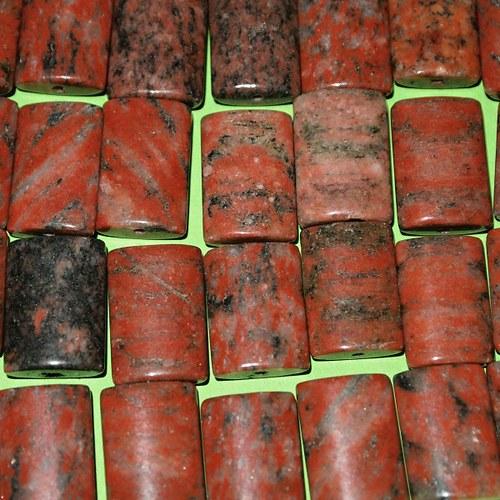 Jaspis červený obdelník 19x13 mm