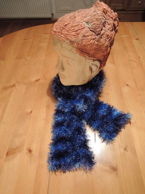 modrá třášňová šálka