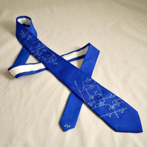 Úzká elektrikářská kravata - modrá