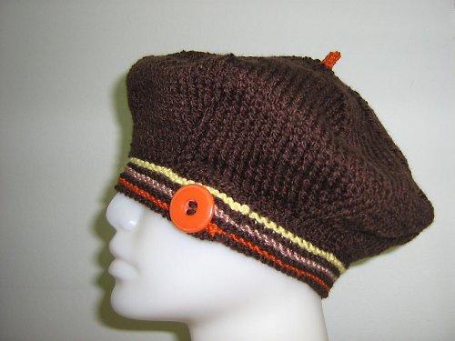 Hnědý baret