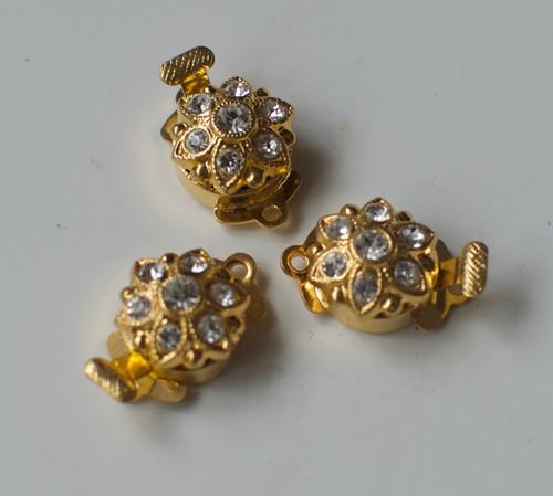 Zlaté zapínání se štrasovými kamínky
