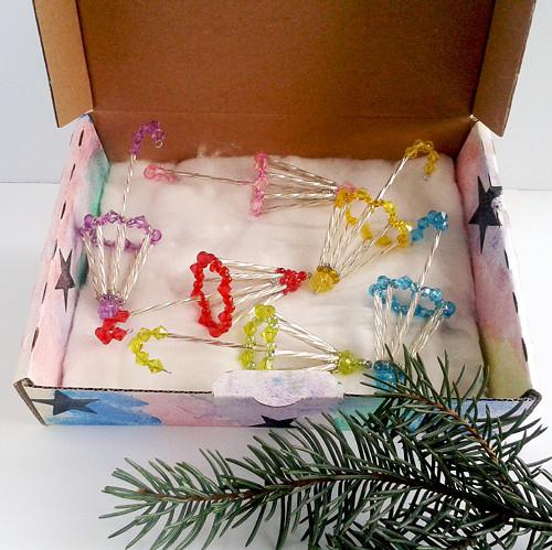 aiv0366Vánoční kolekce paraplíček na stromeček