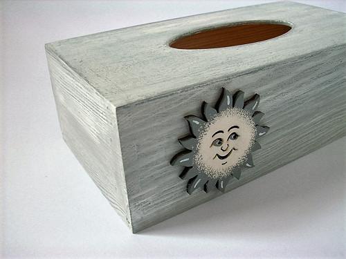 SLEVA Dřevěná krabička na kapesníčky...no.671