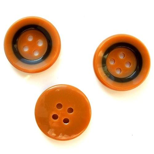 Knoflík medový s pruhem 23 mm