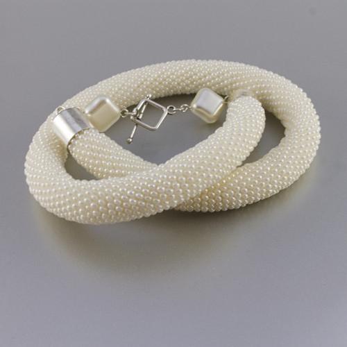 Smetanový hádek...náhrdelník