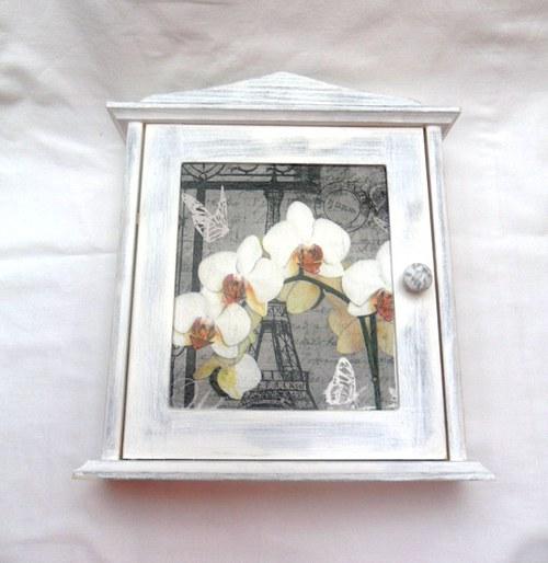Skříňka na klíče Orchidej
