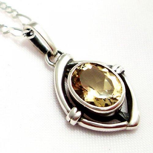 Přívěsek «Ovál» - stříbro 925, přírodní citrín