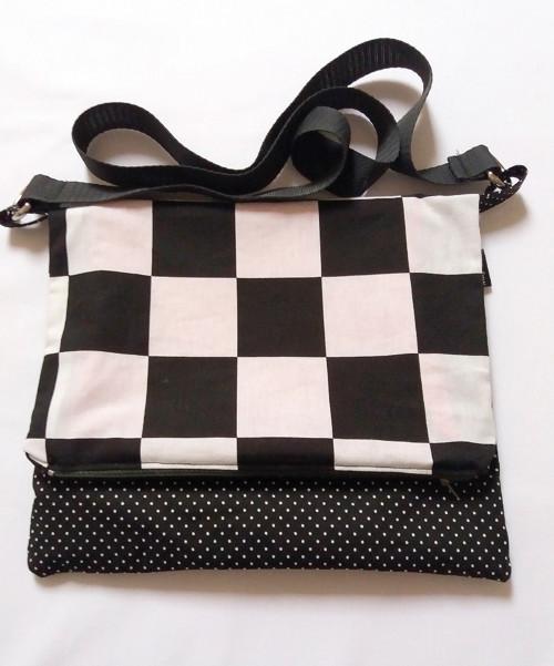 Messenger/taška black&white