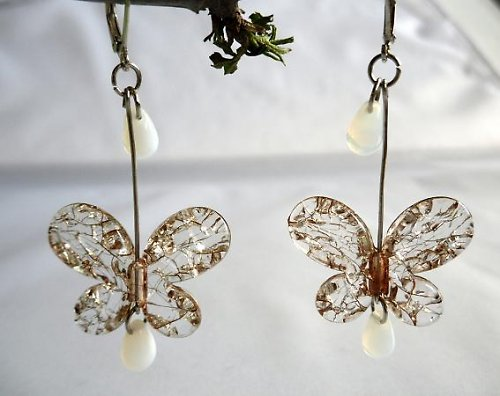 Práskaní motýlci