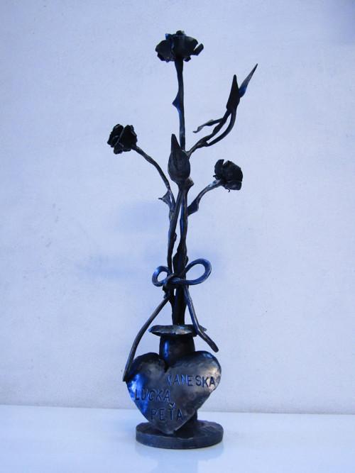 Kovaná kytica ruží
