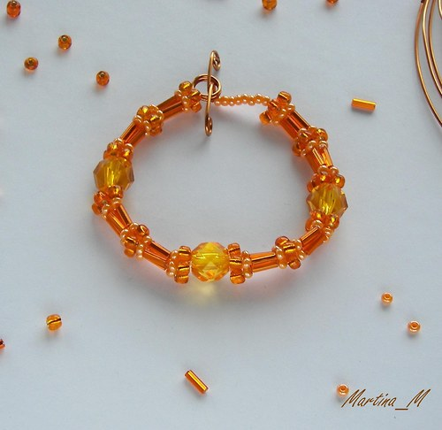 Náramek v barvě pomeranče