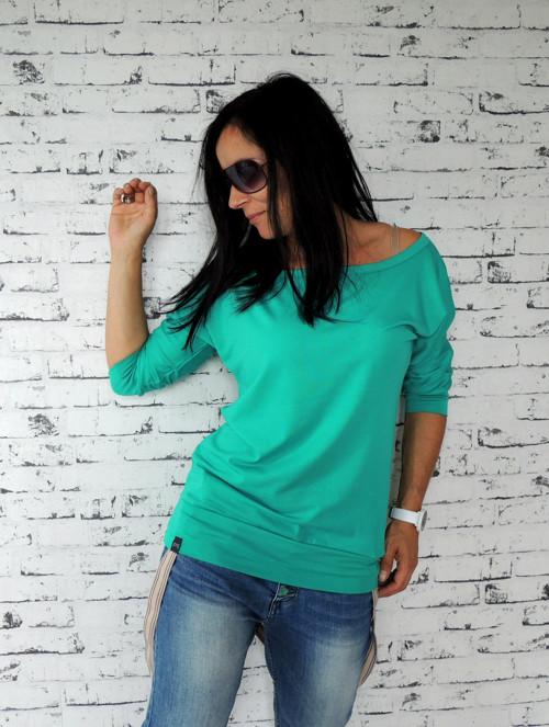 Volnější téčkové triko smaragdové ...S-M