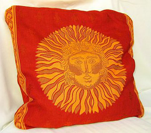 Polštář červený, špaldové slupky,vzor slunce
