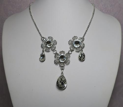 Frozen flowers-náhrdelník Swarovski crystals
