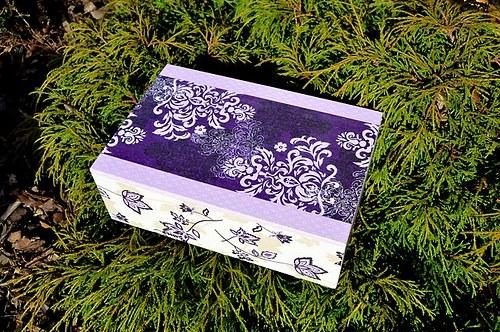 Krabička na čaj, - 8 přihrádek - FIALOVÉ ORNAMENTY