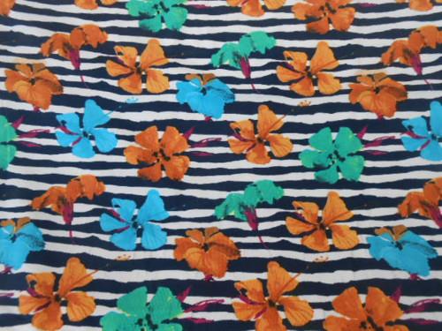 Květy na modré