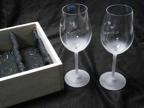 Svatební sklenice v dárkové kazetě