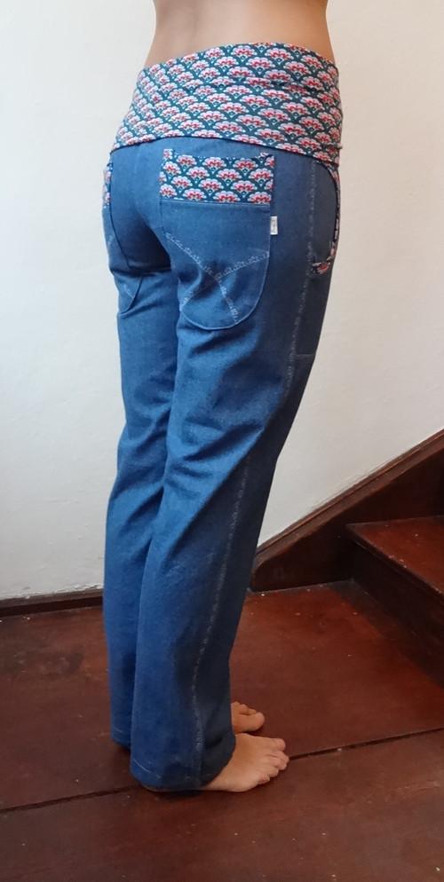 Riflové kalhoty dvě zadní kapsy