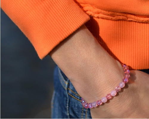 jen tak :) sladký růžový... náramek