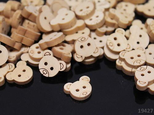 19427 Knoflík dřevěný medvídek  balení 10ks!!