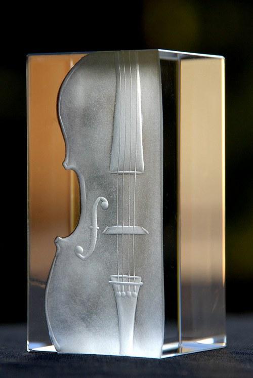 Těžítko housle