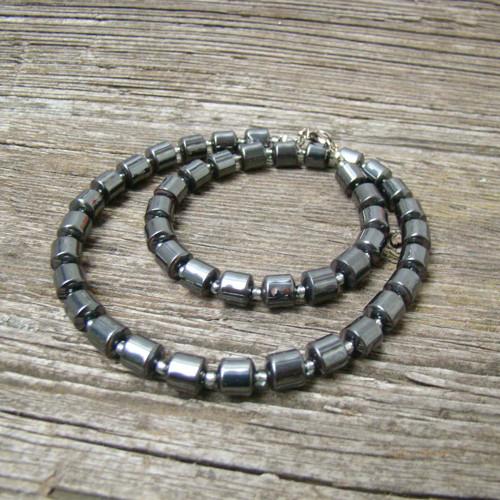 náhrdelník z hematitu