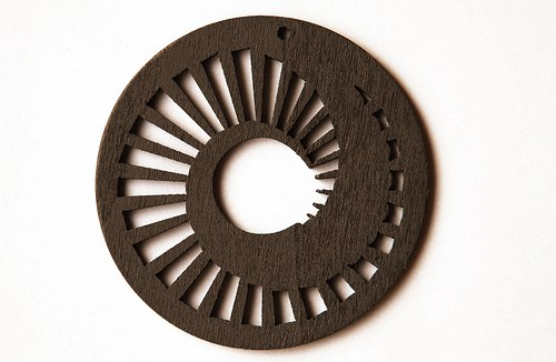dřevěné kolečko 60 mm- tm.hnědé