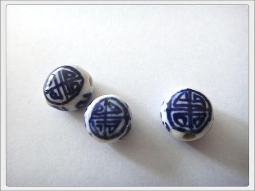 Čínský porcelánový korálek, modrá čočka