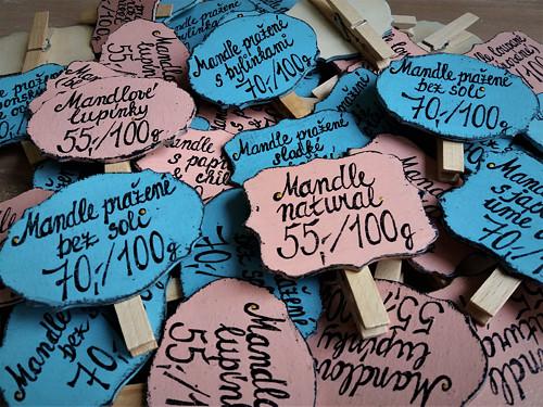 Dřevěná cedulka s kolíčkem a nápisem na přání