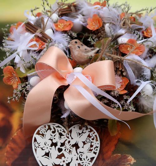 Jarní velikonoční se srdíčkem
