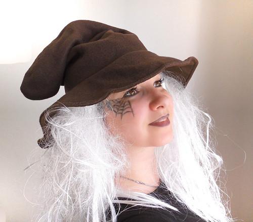 čarodějnický klobou dospělý-hnědý